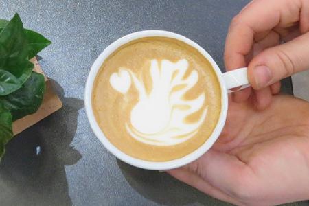 Thumbnail latte art training.jpg