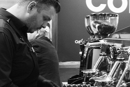 Thumbnail Barista en training.jpg