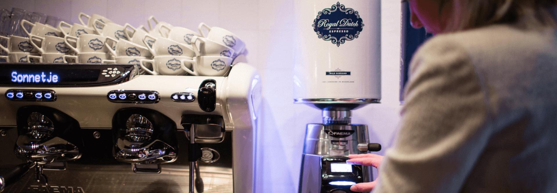 RDE_Royal_Dutch_Espresso_Horeca_koffie_traditionele_espressomachine_Rex_Royal_volautomaat_Cafema (1).png